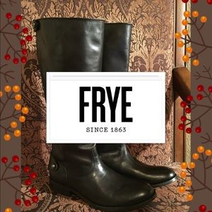 The Frye® Melissa Button Back Zip boot
